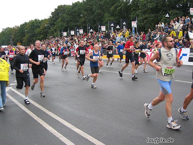Berlin Marathon 2004 - 686