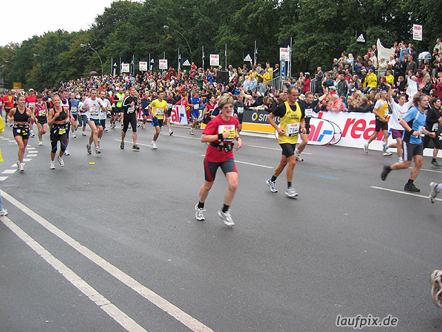 Berlin Marathon 2004 - 695