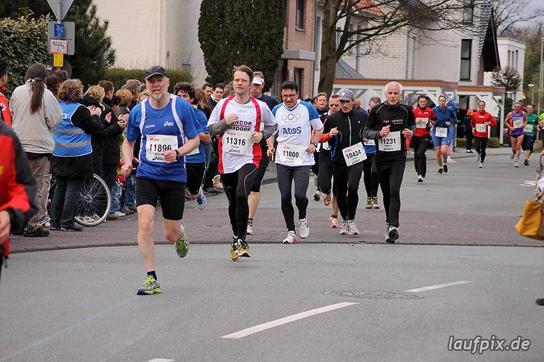 Paderborner Osterlauf 10km - Ziel 2012 - 11