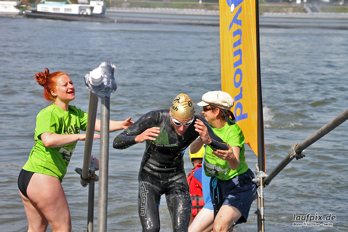 Bonn Triathlon - Swim 2012 - 51