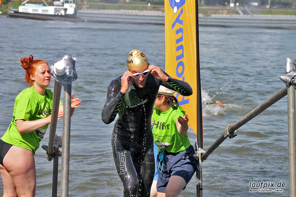 Bonn Triathlon - Swim 2012 - 52