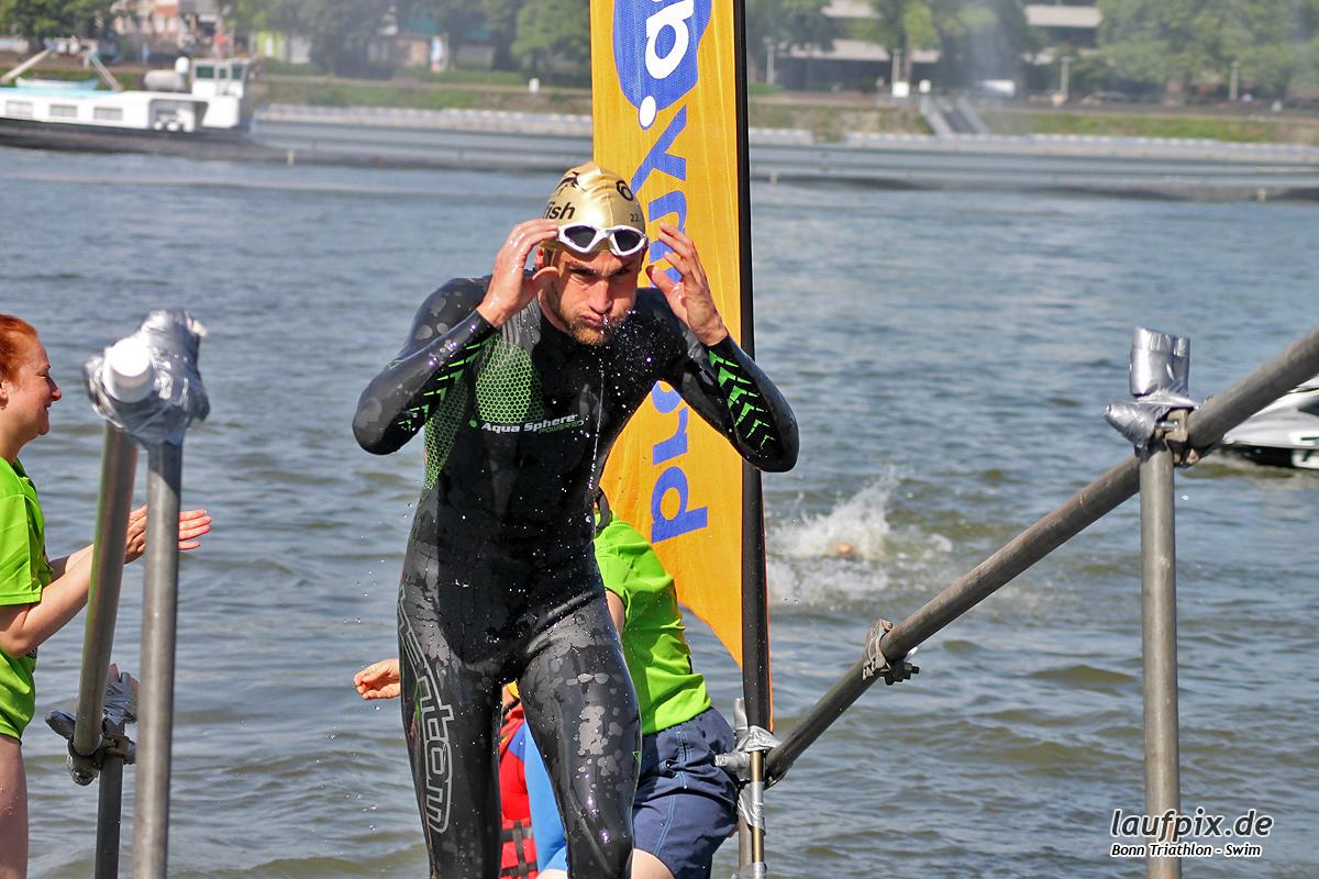 Bonn Triathlon - Swim 2012 - 53