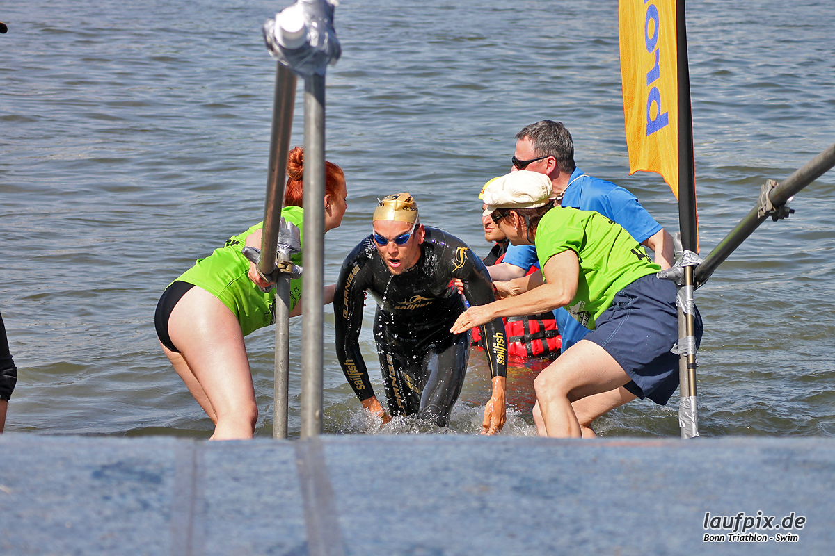 Bonn Triathlon - Swim 2012 - 58