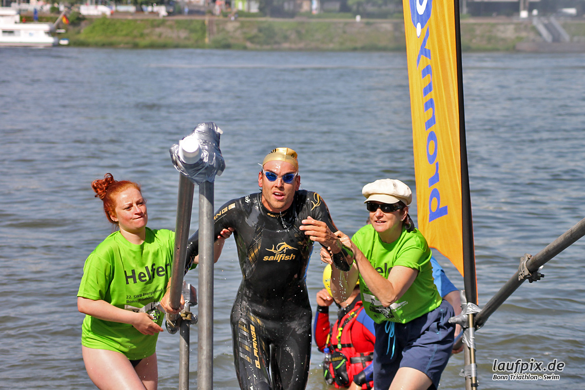 Bonn Triathlon - Swim 2012 - 59
