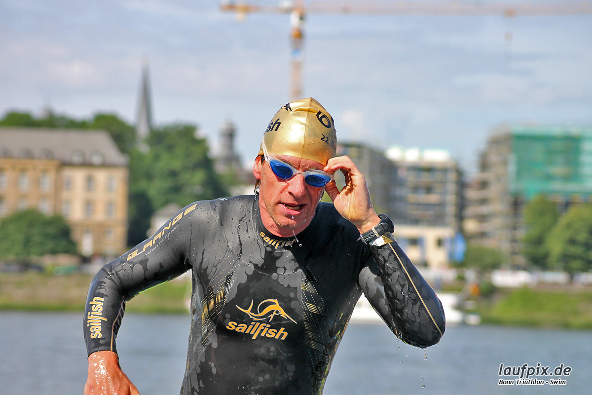 Bonn Triathlon - Swim 2012 - 67