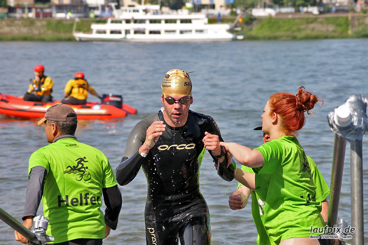 Bonn Triathlon - Swim 2012 - 79