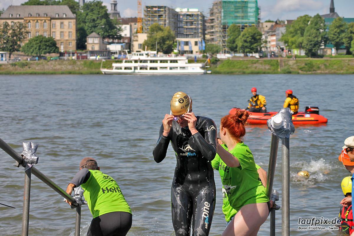 Bonn Triathlon - Swim 2012 - 80