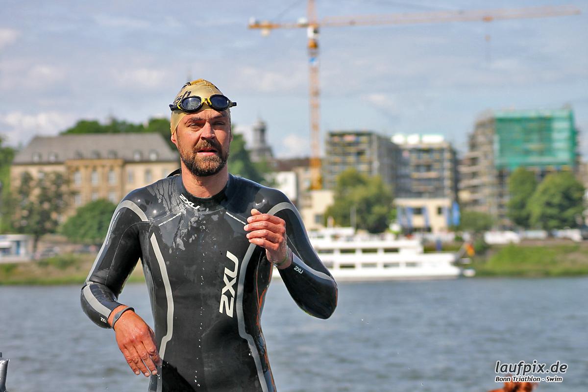 Bonn Triathlon - Swim 2012 - 91