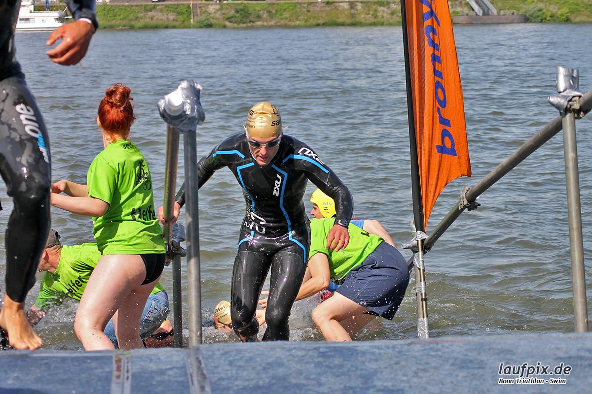 Bonn Triathlon - Swim 2012 - 96